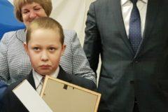 В Ленобласти третьеклассника наградили за спасение девочки, провалившейся под лед