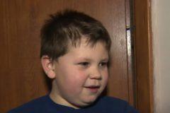 В Польше шестилетний мальчик поймал трехлетнего ребенка, выпавшего из окна