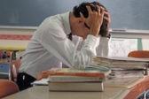 «Ученику ничего не будет, а учитель всегда не прав». Что не так с нашим образованием