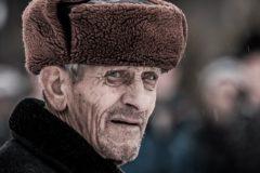 Семьи Новосибирской области приняли к себе более 40 одиноких пожилых людей