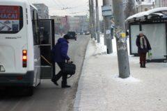 В Омске следователи проверят сообщения о водителе, высадившем умирающего пассажира на улицу