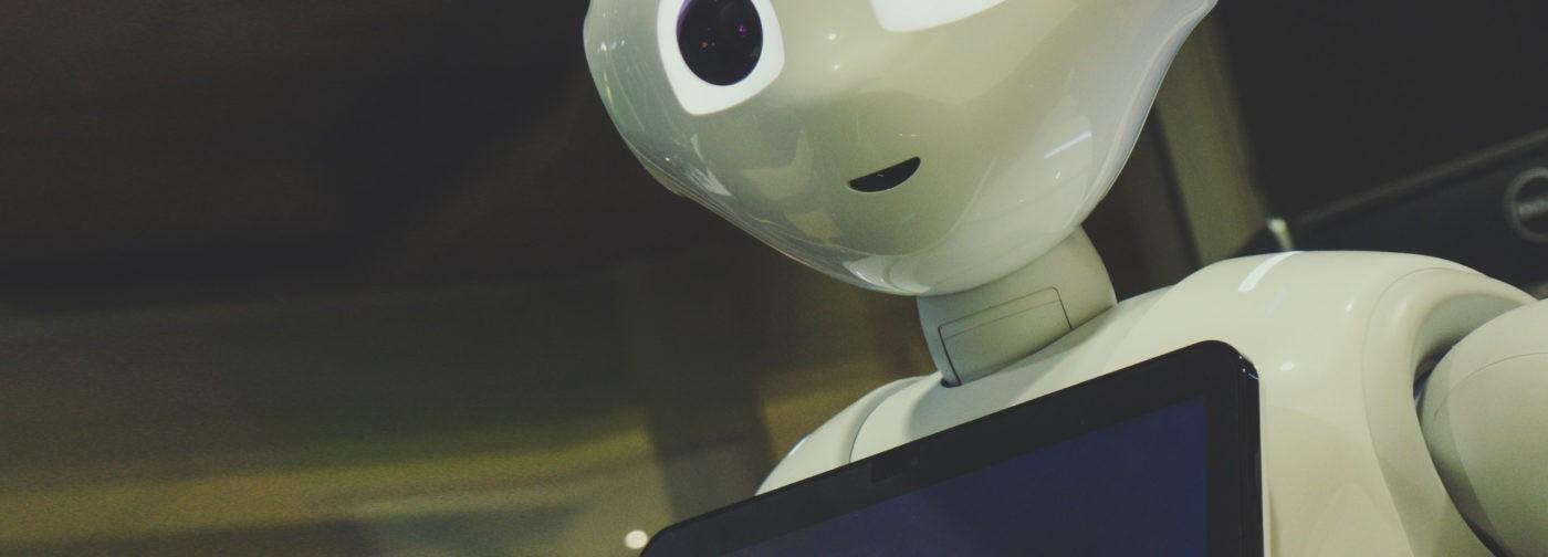 «Без людей искусственный интеллект будет сеять хаос». Директор Википедии – о лучшей части интернета
