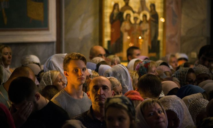 Каждый из нас – образ Божий, живая икона. Но разве не дерзость мнить себя в кругу святых?