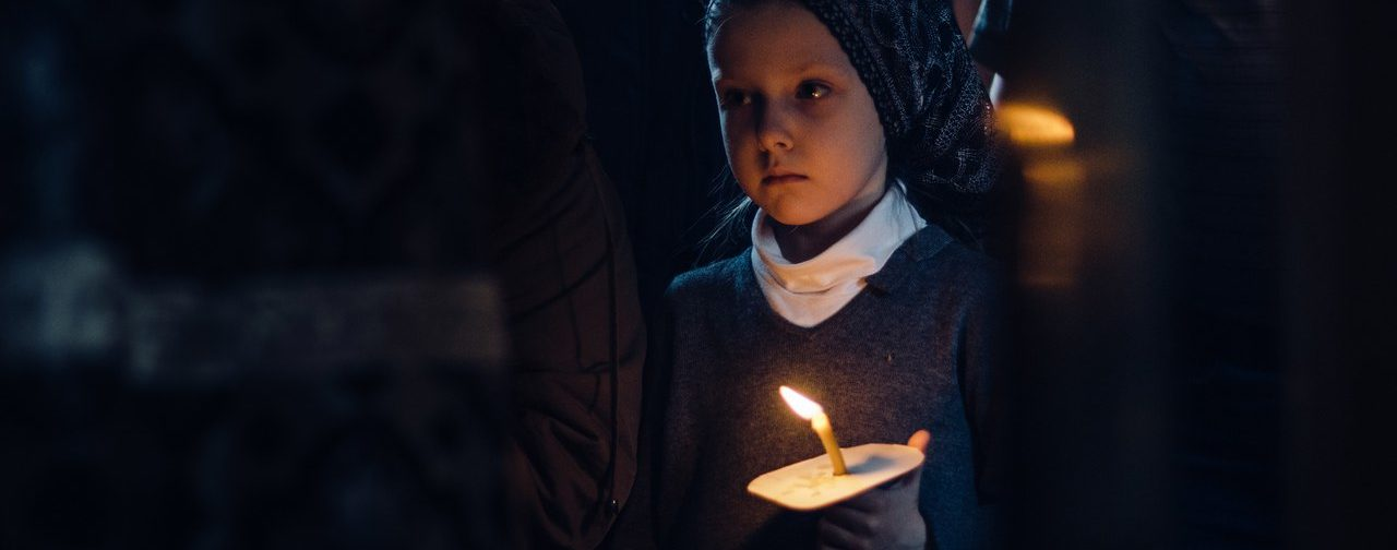 «Не бойтесь сказать слово «смерть». Как говорить с детьми о Страстной Пятнице