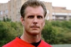 «В Америке у меня было как будто две жизни». Первый русский в американском футболе – о спорте, вере и братстве богатырей