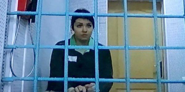 Суд отпустил Варвару Караулову из колонии раньше срока