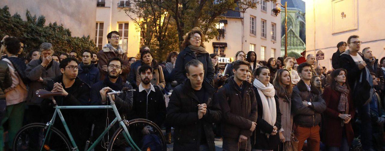 У Нотр-Дам мы видели плачущих французов. И лучшие качества нации проявятся еще сильнее