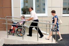 Родителям детей-инвалидов предложили каждый месяц давать отпуск