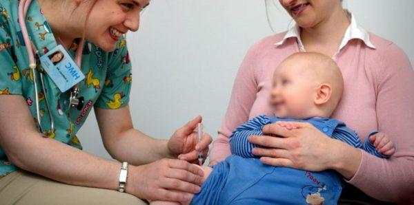 В Минздраве заявили, что возникновение аутизма не связано с вакцинацией