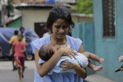 Траур и скорбь после взрывов на Шри-Ланке (фото)