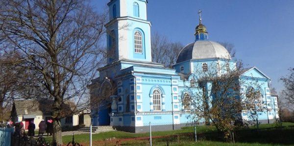 Европейский суд рассмотрит дело о захвате храма УПЦ в Ровенской области