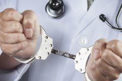 В Следственном комитете предлагают не лишать врачей свободы за неумышленные преступления