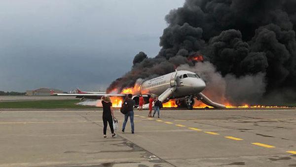 """67111807cff77 В Шереметьево погиб 41 пассажир рейса """"Москва – Мурманск"""". Что известно на  данный"""