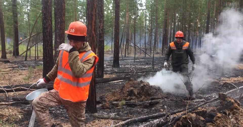 «Мужчин провожали со слезами». Как жители иркутской деревни 3 дня боролись с пожаром