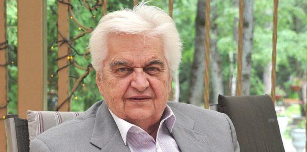 Умер Евгений Крылатов, автор песен «Крылатые качели» и «Прекрасное далеко»