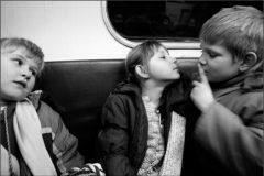 «Простите их, у них мама умерла». Случай в вагоне метро
