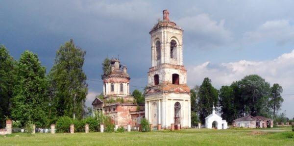 Более четырех тысяч храмов в России разрушены или находятся в аварийном состоянии
