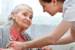 В Минздраве предложили ввести медуслугу патронажа взрослых на дому