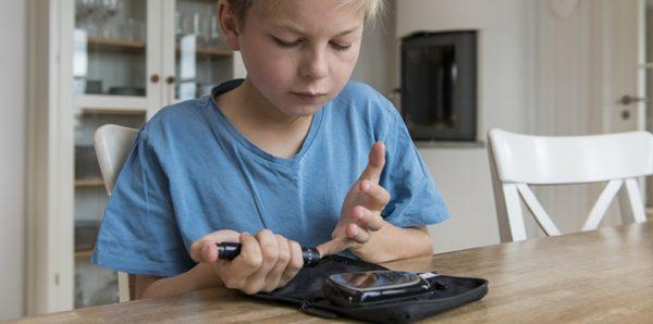 В Курганской области проверят сообщения о нехватке инсулина для детей с диабетом