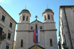 В Сербской Церкви опасаются лишиться храмов в Черногории из-за действий властей