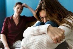 «Во всем виноваты родители». Почему так говорят те, кому за 30