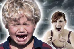 """""""Сегодня снова видела, как мать орала на ребенка"""". Почему мы лишь возмущаемся или считаем, что иначе нельзя"""