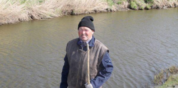 В Новосибирской области пастух спас двухлетнюю девочку, тонувшую в реке