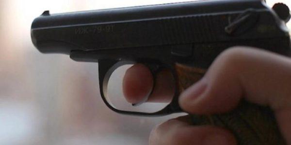 В Казани задержали школьника с пистолетом, который не выпускал одноклассников из кабинета