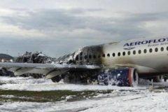 Пилот сгоревшего в Шереметьеве самолета рассказал, как произошла катастрофа