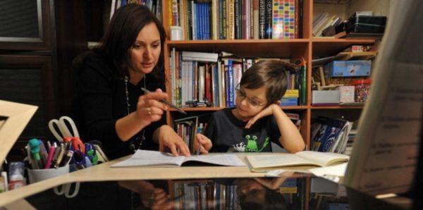 Для детей на домашнем обучении предложили проводить ежегодную аттестацию