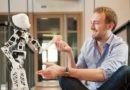 «Каждый третий опасается искусственного интеллекта». Но что будет, если роботы научатся шутить и сострадать?