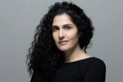 «Мне обрили голову и исписали тело свастикой». Как журналистка сражается с расизмом и ненавистью в Facebook