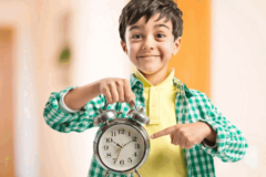 """""""Мы с детьми учим английский во время уборки"""". Как стать эффективными родителями и успевать больше"""
