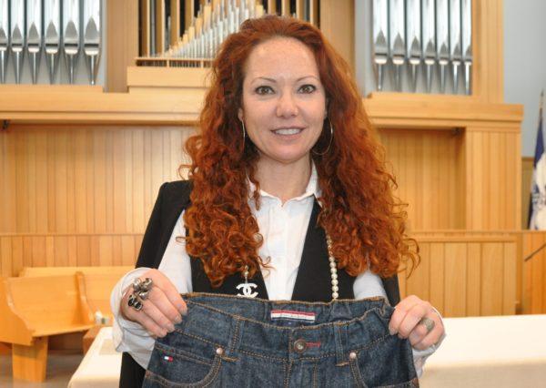 «Той ночью я разрезала джинсы сына». Как мама создала коллекцию одежды для особых людей