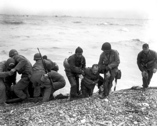 «Фашисты стреляли в союзников, как в уток». Жена русского офицера британской армии – о высадке войск в Нормандии