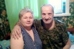«Он заменил мне мать и отца». Как устроены приемные семьи для одиноких стариков