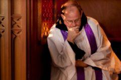 В Калифорнии обязали священников нарушать тайну исповеди и сообщать о преступниках