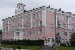 Директору пермской гимназии грозит увольнение за завышенный проходной балл для девочек
