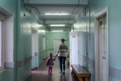 """""""Кто будет оперировать?"""" Массовые увольнения врачей в Великом Новгороде – что происходит"""