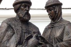 В Москву привезут мощи святых покровителей брака Петра и Февронии