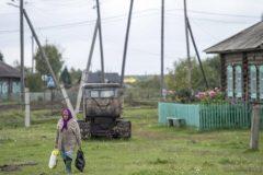 В Ярославской области изъяли детей из семьи, привязавшей ребенка к столбу