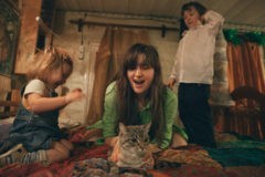 «В Москве стало невмоготу». Три истории семей, которые уехали из города в деревню навсегда