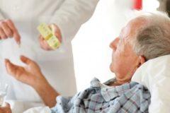 Минздрав и Минтруд утвердили правила оказания паллиативной помощи