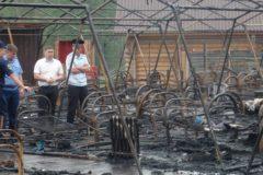 Умерли еще две девочки, пострадавшие во время пожара в палаточном лагере