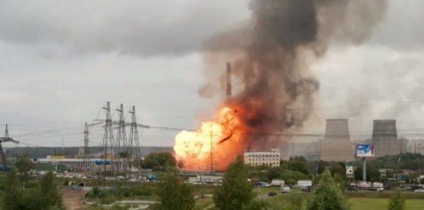 При пожаре на ТЭЦ в Мытищах пострадали 13 человек, погибла женщина-охранник