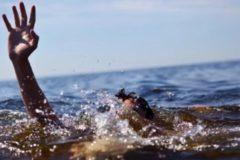В Приморье пенсионер спас мальчика, который прыгнул в воду, не умея плавать