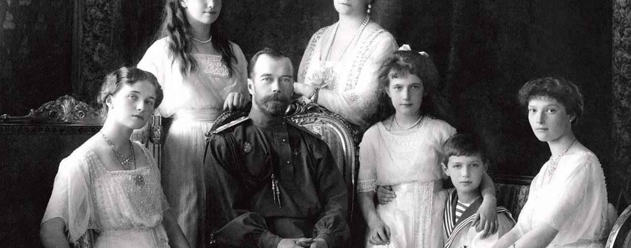 Царская семья не может стать знаменем политической борьбы. Они уже там, где остается только молитва