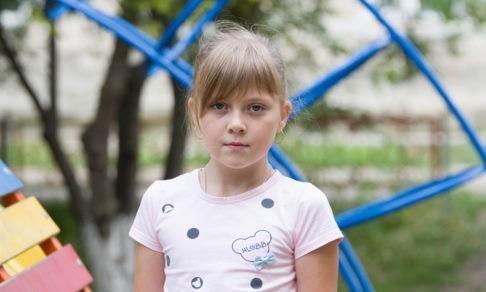 Четыре порока и одна девочка. Операцию на открытом сердце Аня может не выдержать