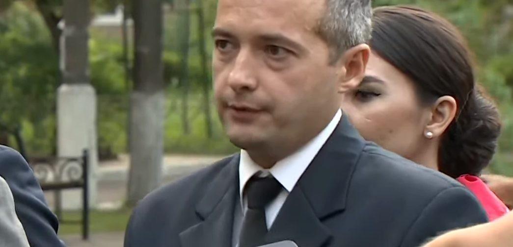 Пилот Дамир Юсупов: «Сначала думали посадить самолет на одном двигателе»