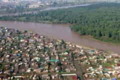 Паводок в Иркутской области выгнал из тайги мужчину, который скрывался от розыска 24 года